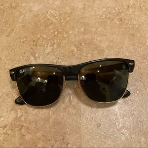Ray-Ban ClubMaster Oversised Sunglasses